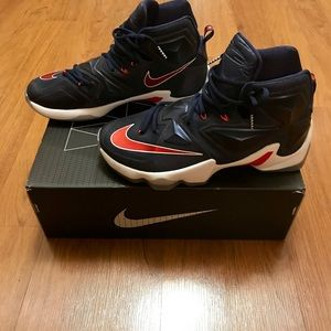 Lebron 13 *WORN ONCE*